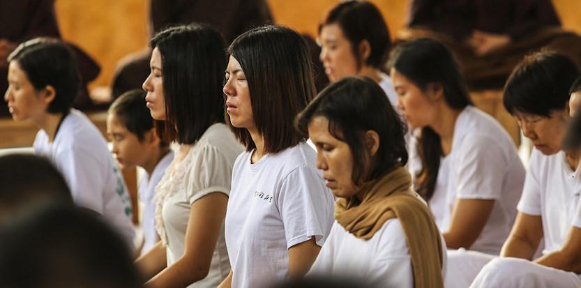 De geschenken van stilteretraite - Bright Dharma online mediteren