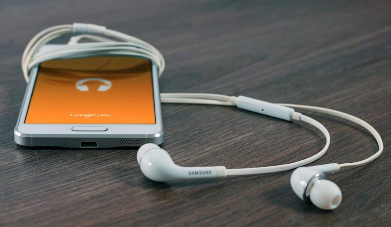 Luister naar audio-opnamen van online Dharma-lezingen - Bright Dharma