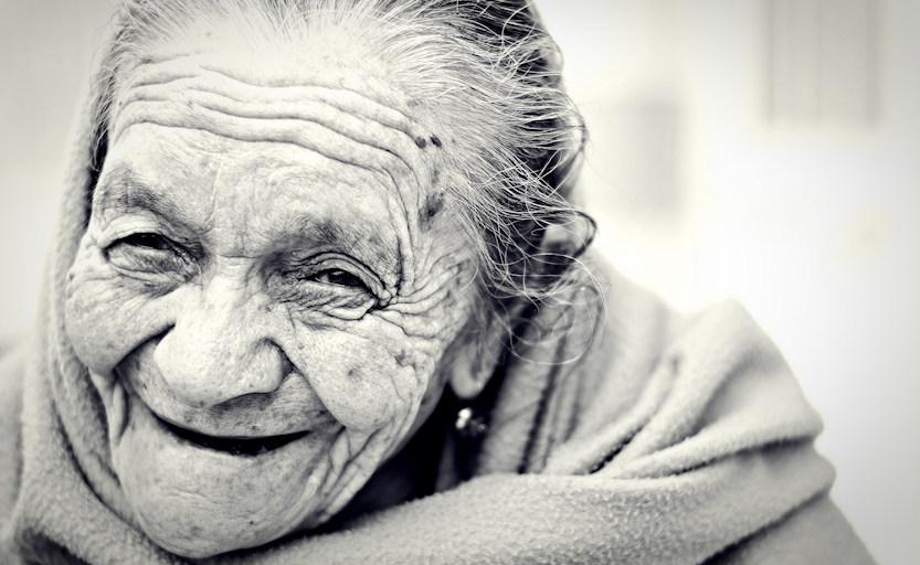 Gelijkmoedigheid is al grootmoederliefde - Bright Dharma online mediteren